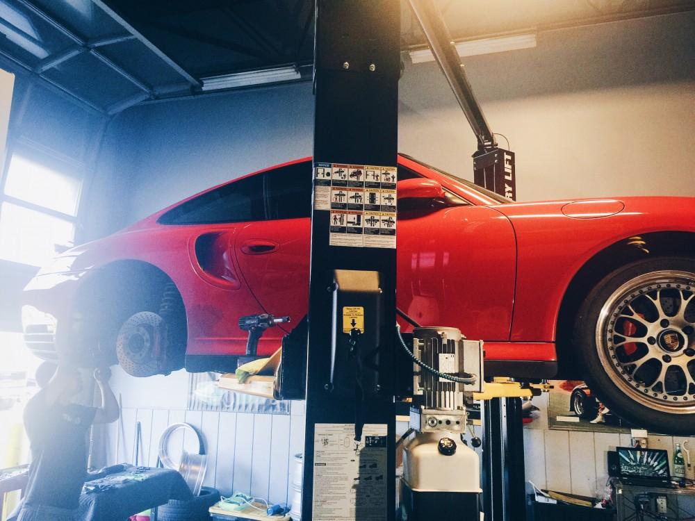 Porsche shop ct connecticut Porsche service tuning detailing Butzi gear Milford 996tt Porsche tuning